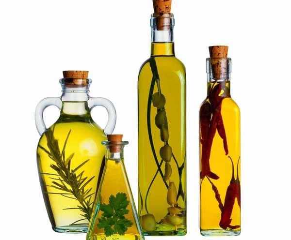 Среди преимуществ оливкового масла стоит отметить наличие в нем множества витаминов