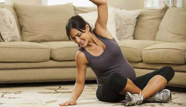 Для лечения и профилактики грудного остеохондроза при беременности рекомендуется выполнять лечебную физкультуру