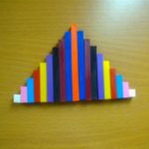 Лесенка в виде пирамидки