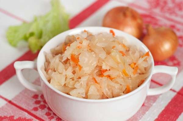 Квашенную капусту нужно употреблять умеренно, чтобы она давала исключительно положительный эффект на организм
