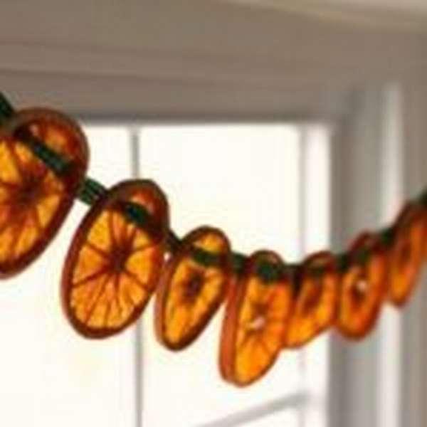 Гирлянда из сушёных апельсинов
