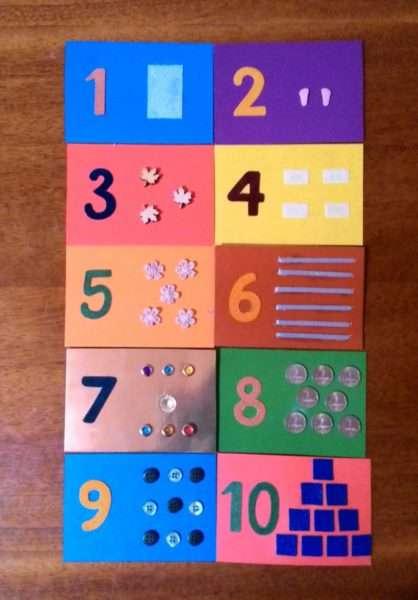 Разноцветные тактильные карточки с цифрами