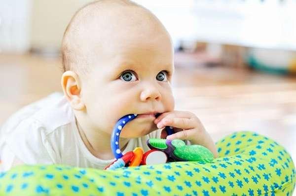 игры с ребенком в 3 месяца