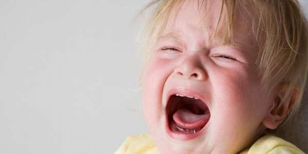 Ребенок 1 год не слушается, капризничает, истерит, что делать, как ...