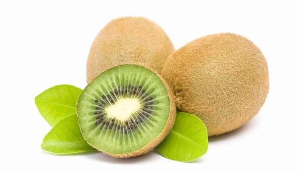 Польза киви заключается в содержании витамина С, а также железа, кальция и йода