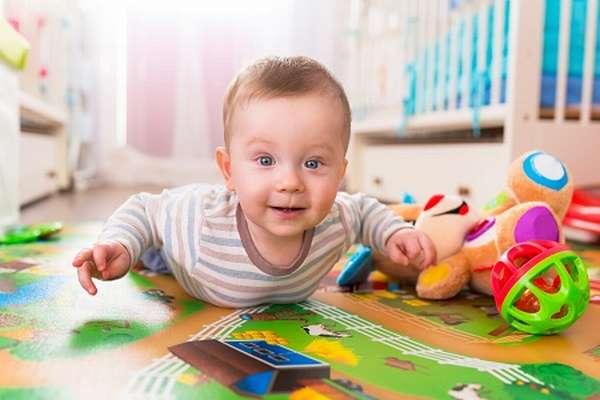 игры с ребенком 7 месяцев