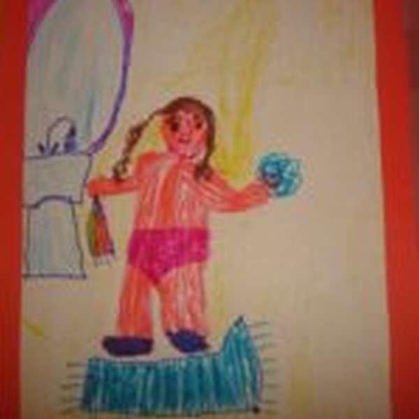 Детский рисунок: девочка умывается