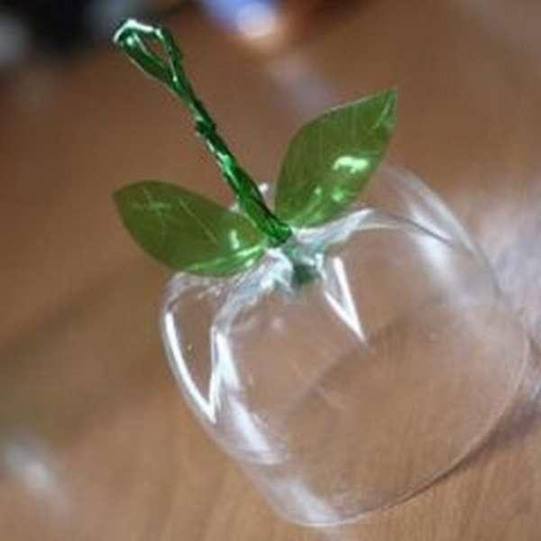 яблоки из пластиковых бутылок