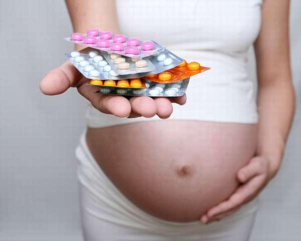 В перечне антибиотиков есть много препаратов, которые разрешено принимать во время беременности