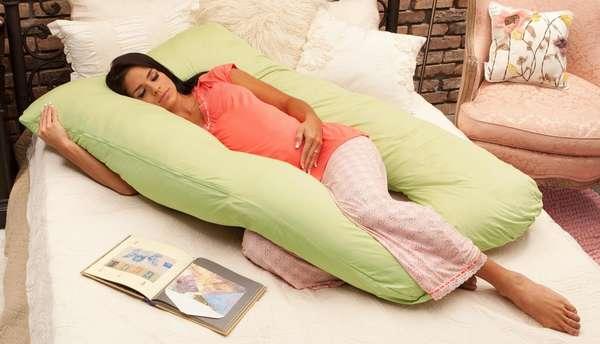 Существуют специальные подушки для беременных, на которых удобно спать