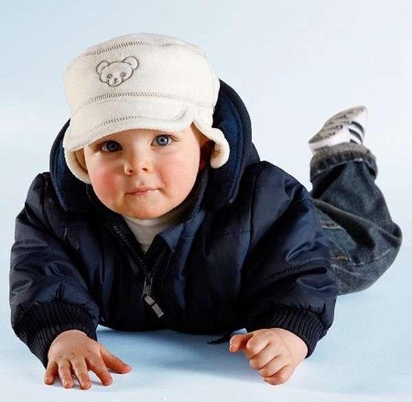 весенняя куртка на ребенка