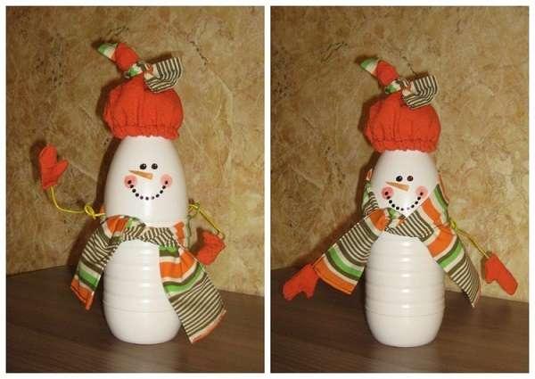 Снеговик из пластиковых бутылок