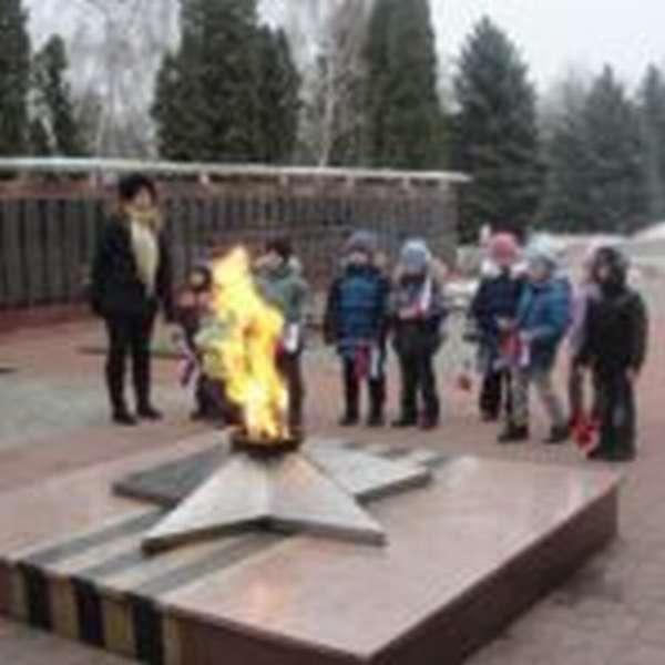 Дошкольники на мемориале памяти павших воинов
