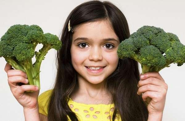 Включив в питание ребенка брокколи, можно улучшить его зрение
