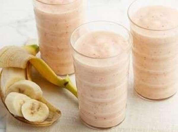 Творожный смузи с бананом