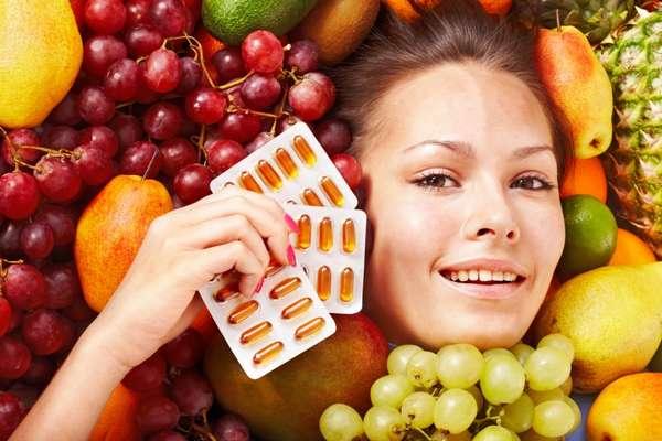 Во время 1 триместра следует принимать витамины А, Е и фолиевую кислоту