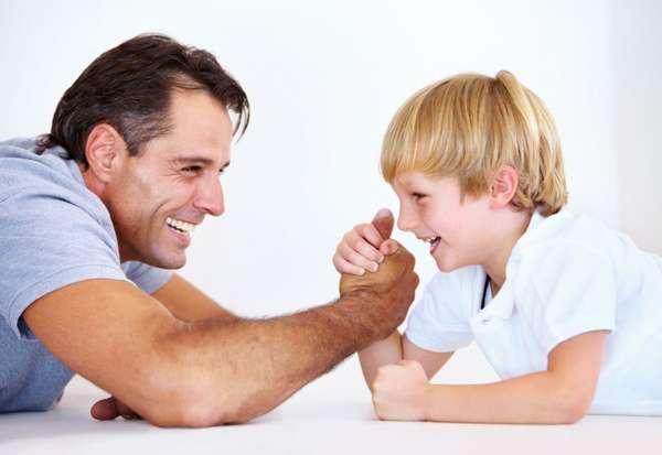 Как воспитать сына мужчиной: советы родителям
