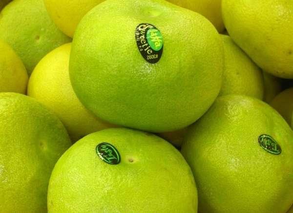 Польза свити-фрукта, как и польза грейпфрута, состоит в богатстве его состава самым известным антиоксидантом – витамином C