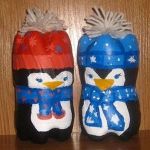 снеговички из пластиковых бутылок