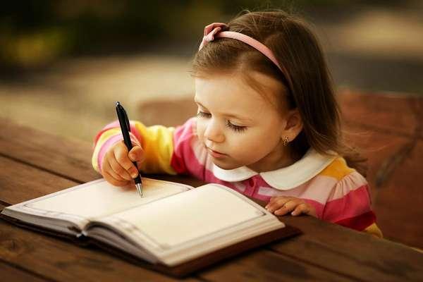 Как научить ребенка, чтобы он красиво писал