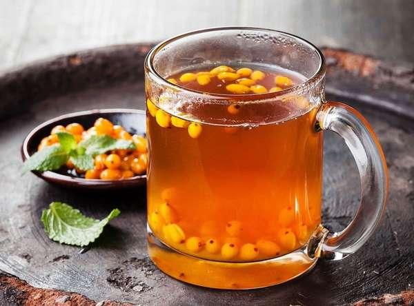 Во время беременности при простуде лучше всего употреблять чай из свежей или же замороженной облепихи