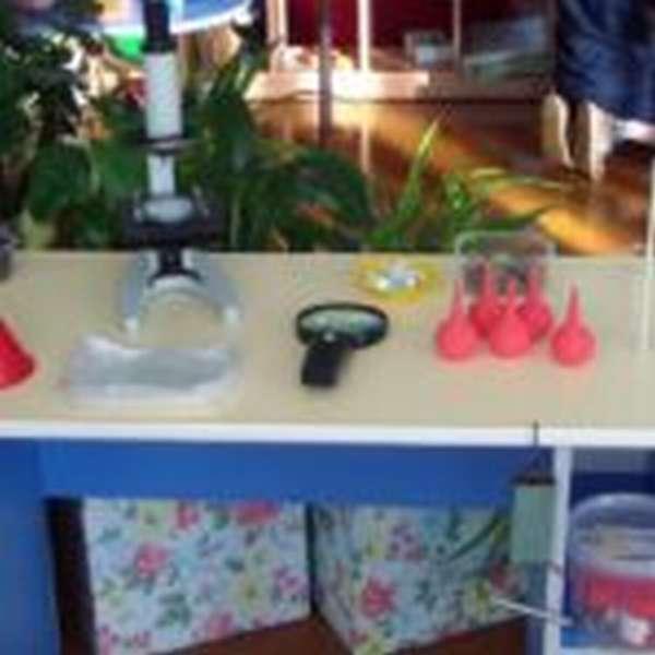 Опытная лаборатория для дошкольников с микроскопом