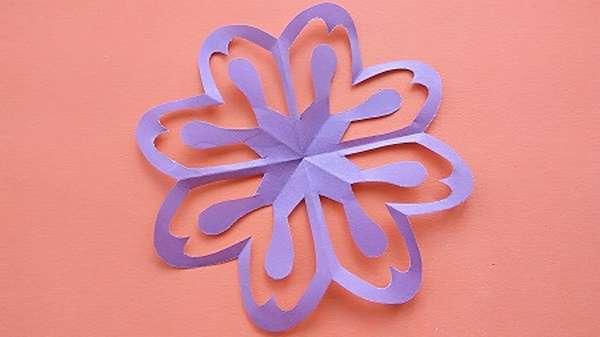 Как вырезать цветы из бумаги