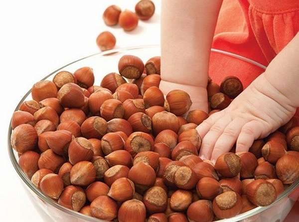 орехи для ребенка