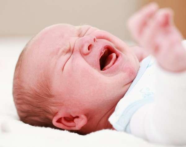 Тест на гипертонус у детей можно провести в домашних условиях, однако все процедуры необходимо проводить очень аккуратно