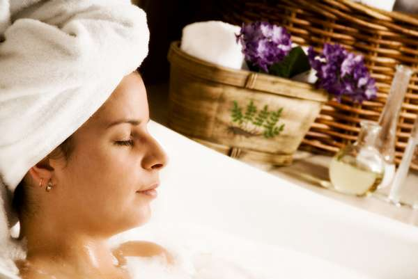 Как правило, ванну с лавандой многие врачи беременным рекомендуют