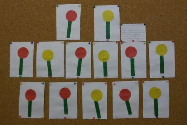 Выставка аппликаций с погремушками