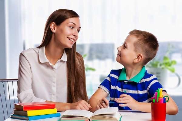 Как научиться слушать ребёнка и вести с ним диалог