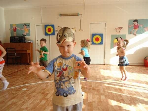 Игра-танец «Волк и зайцы»