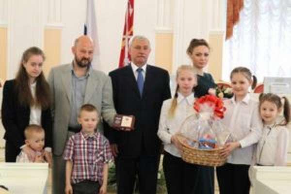 многодетная семья льготы 2018 в санкт петербурге
