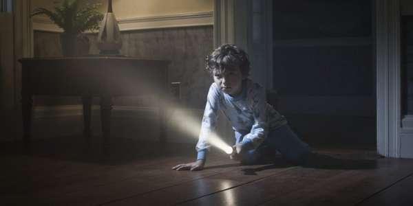 Почему дети боятся темноты?
