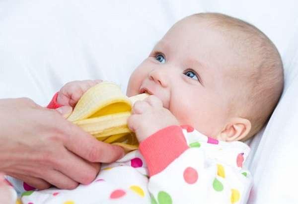 Банан малышу