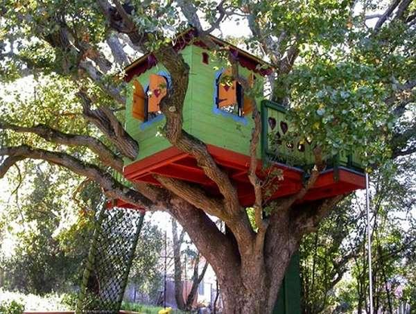домик для ребенка на дереве
