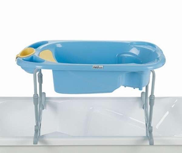 ванночка с подставкой для купания