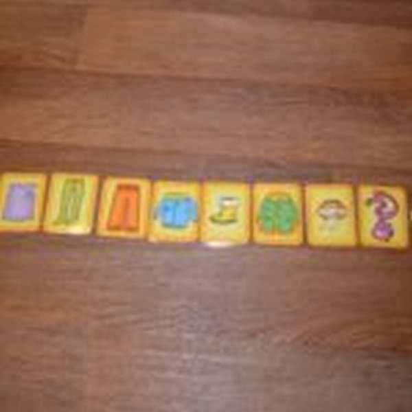 Карточки игры Оденем куклу Машу на прогулку