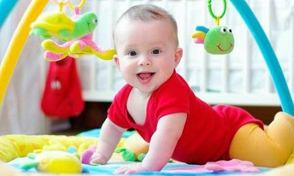 развивающие игры с ребенком 6 месяцев